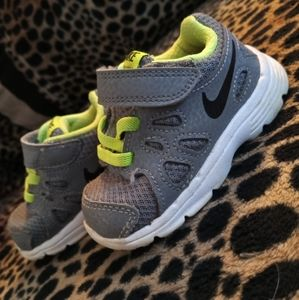 4C Nike Shoes